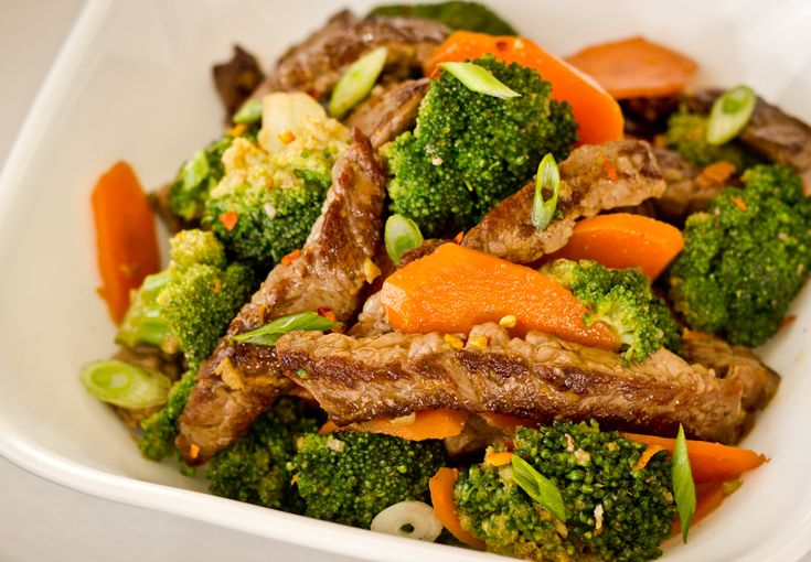 Spicy Beef Stir Fry with Broccoli and Orange - I use only 4 oz of meat, regardless of the type. This is a delicious way to get in fruit and veg w/ a little meat on the side. No way 1# of beef!!