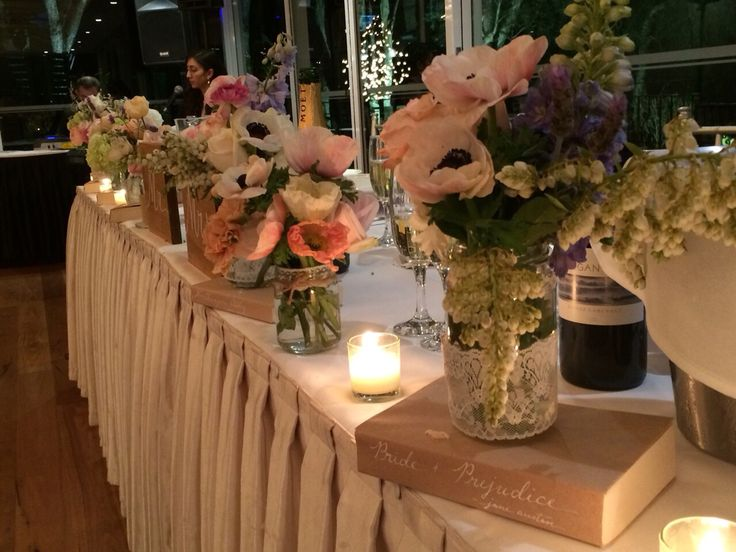 Bridal table floral styling