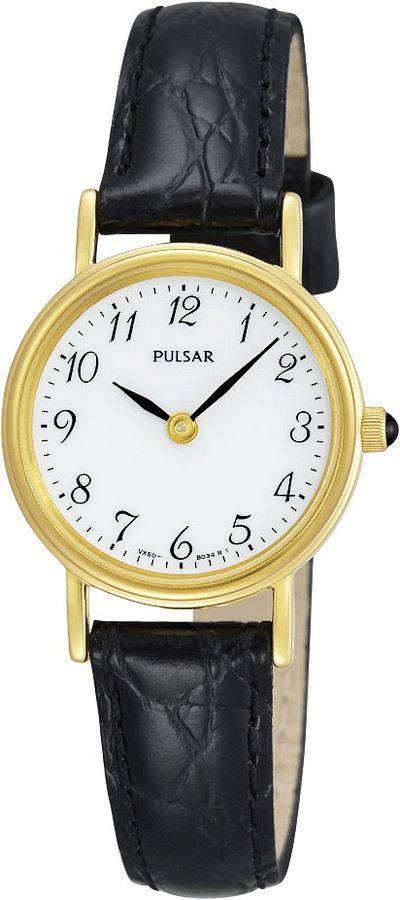 Pulsar Horloge type PTA514X1. Een mooi, goudkleurig, horloge met zwarte leren band. Spatwaterdicht (3 atm) en voorzien van een chique witte wijzerplaat. Het horloge heeft het zeer harde Hardlexglas.