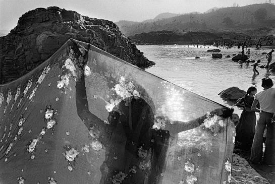 Rio Narmada, Gujerate, Índia. 1990 Projeto: Trabalhadores ©Sebastião Salgado