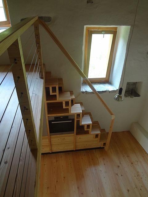 echelle pour mezzanine leroy merlin escalier gain place. Black Bedroom Furniture Sets. Home Design Ideas