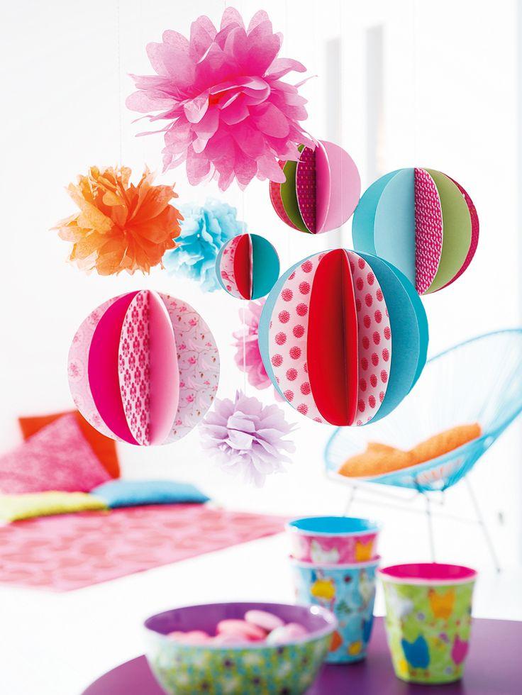 Créez des boules de papier pour égayer votre maison :)