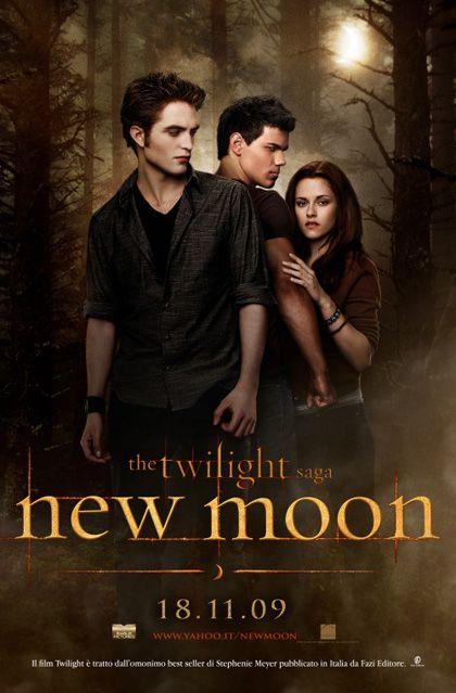 New Moon (Twilight Saga #2) By: Stephenie Meyer