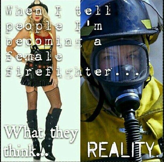 Lo que se cree y lo es es: Mujer Bombero  Extintores Cold Fire  #extintor #cold_fire #extinguidor #fireman #coldfire #incendio #bombero #carro bombero