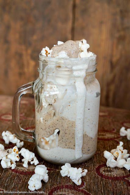 Hiidenuhman keittiössä: Karamelli-popcornjäätelö