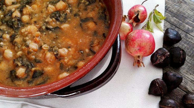 """""""Suppa de çeixei"""" o """"Zemin de çeixei"""" l 2 novembre, giorno della commemorazione dei defunti, ci può essere anche una temperatura da Sahara, ma non ci sono dubbi: si mangia la zuppa di ceci. Giornata """"di magro"""", dopo il pranzo dei Santi, si rimettono le cose a posto con questa magnifica zuppa, in assoluto la [...] Continua a leggere"""