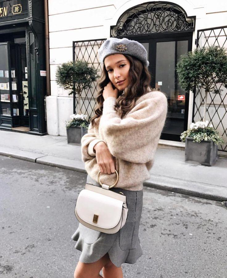 "2,584 Likes, 12 Comments - Zara Mania™ (@zara.mania) on Instagram: ""#hm sweater #mango bag ❤️"""