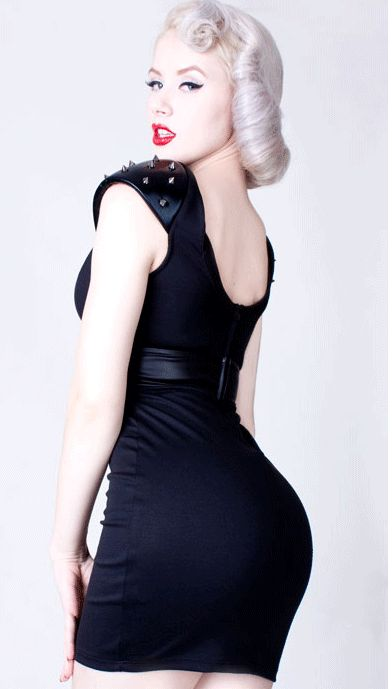 Size black dresses