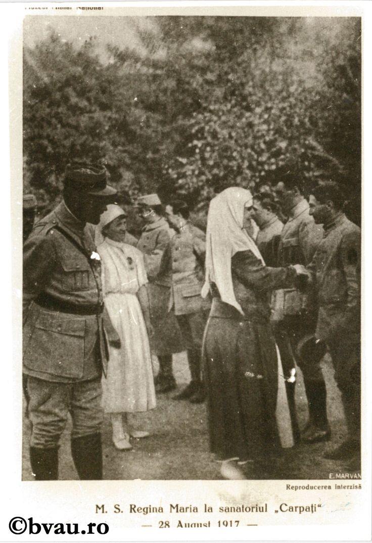 """Fotografie din Războiul pentru întregirea neamului - M.S. Regina Maria la Sanatoriul Carpați, 28 august 1917. Imagine din colecțiile Bibliotecii """"V.A. Urechia"""" Galați."""