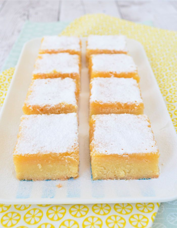 Lemon bars van Laura's Bakery