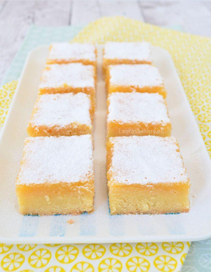 Lemon bars van Laura's Bakery