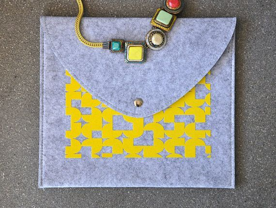 Felt envelope, Yellow clutch purse, Grey envelope bag, Felt handbag, ipad mini sleeve, iPad Mini Felt case, iPad mini cover, Reader case, ipad mini cover, ipad mini case, ipad mini sleeve, Tab S3 cover, MediaPad cover, MediaPad sleeve, Galaxy tab cover, Galaxy tab case, Clutch #fashion #fashionblogger #bags #boho #bohostyle #tote #totebag #style #styleblogger #fashionista #sleeve