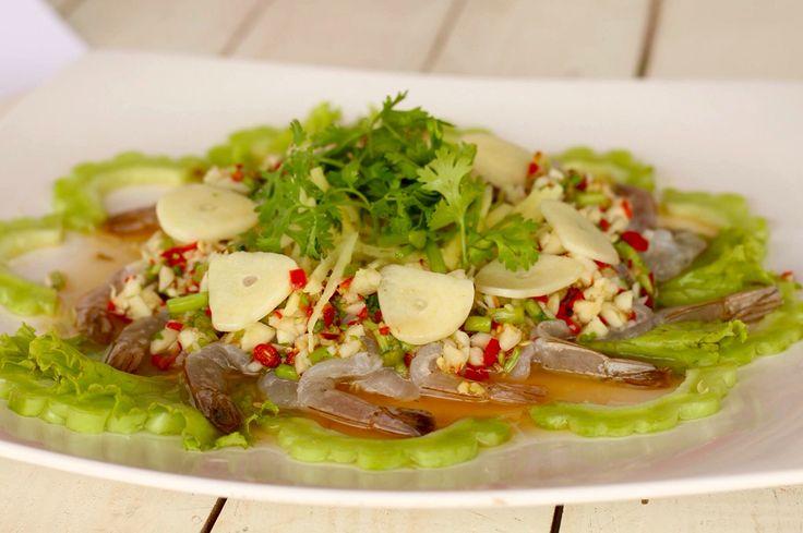 Raw prawn in spicy fish sauce กุ้งแช่น้ำปลา