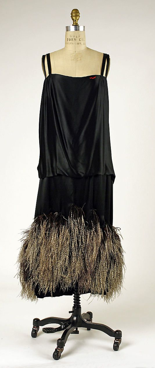 House of Worth, Black Silk Evening Dress with Feathered Hem. Paris, 1924-1925.