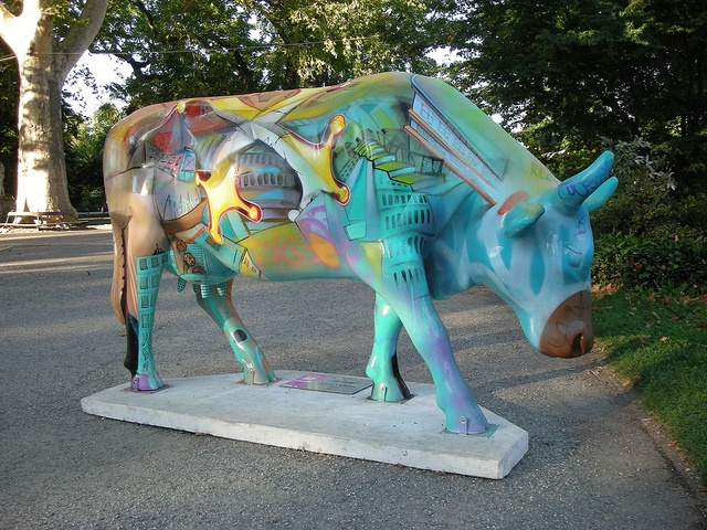 Cow 39 : Rézoccitan by Jamiecat *, via Flickr Cow parade