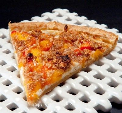 Never heard of Peach Pizza?  Well you have now at http://pastrieslikeapro.com/2013/08/peach-pizza/
