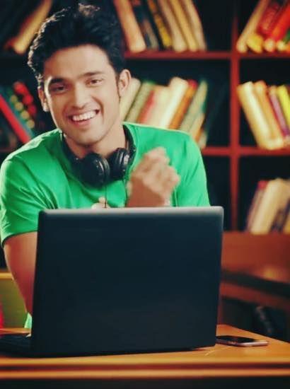 aahhaaa kya smile hai <3 <3 <3
