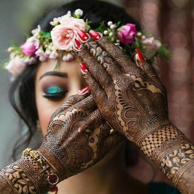 "8,595 Likes, 52 Comments - Wedding Planning- ShaadiMagic (@shaadimagic) on Instagram: ""Tag a mehendi lover 💓 DM wedding date for free wedding planning !! . . . . For Wedding #Gifts and…"""