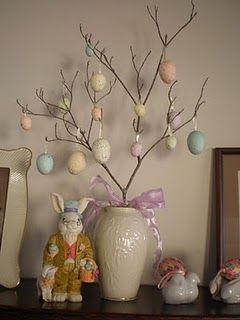 Make a Easter tree from a tree branch and vase