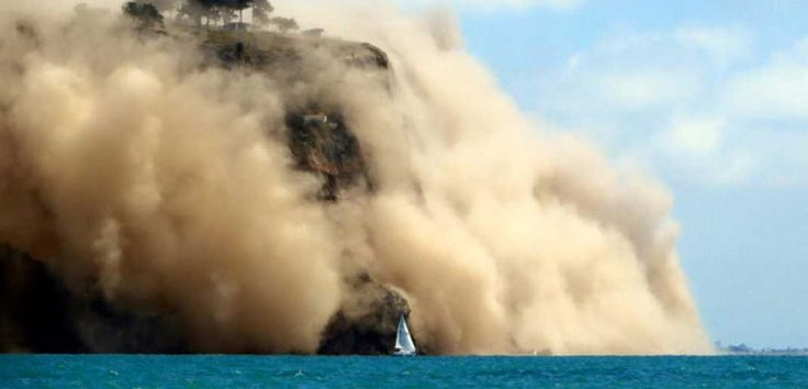 Great shot of a sailboat from yesterday's earthquake in Christchurch NZ.