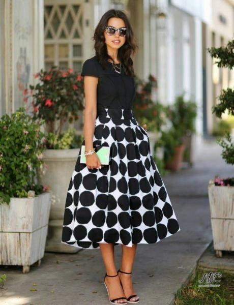 Стильные наряды в черно-белый горошек
