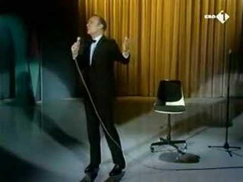 Wim Sonneveld - Het Dorp - YouTube