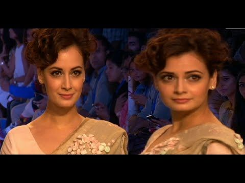 Dia Mirza walks the ramp in saree at Lakme Fahion Week 2015 | DAY 2.