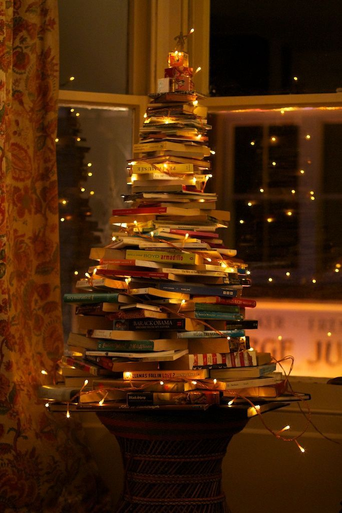 Google Image Result for http://thebuttercupcafe.files.wordpress.com/2011/12/sarah-weals-book-christmas-tree-003.jpg