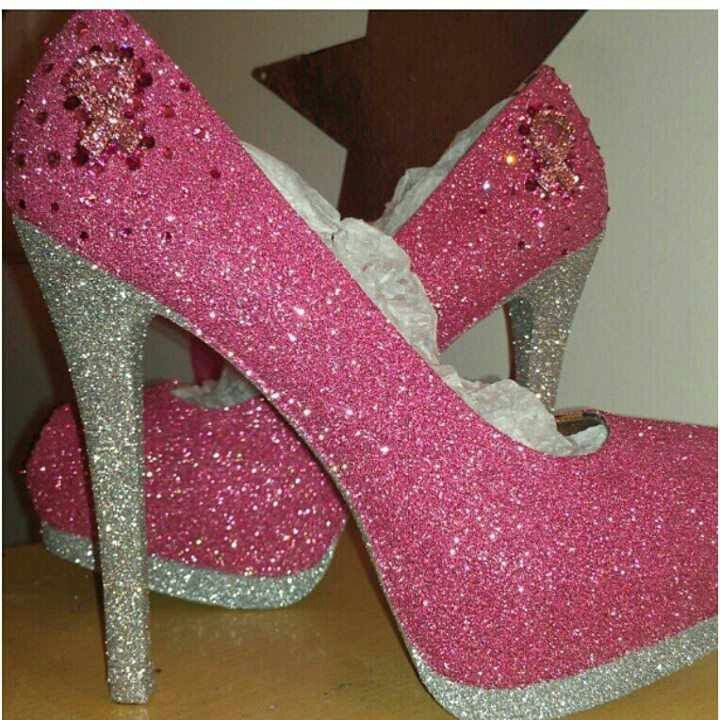 Breast Cancer Awareness Heels! Great shoes for a great cause!