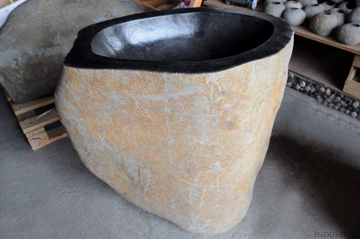 PN-S River Stone kamienna umywalka stojąca INDUSTONE