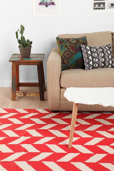 Red Herringbone Rug is rad {Urban Outfitters}