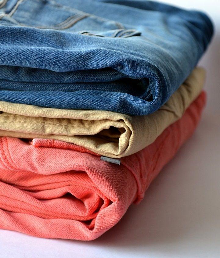 Aprenda a tirar o bolor das suas peças favoritas sem frescura! #bolor #tirarbolor #roupa #roupacolorida #lavarroupa