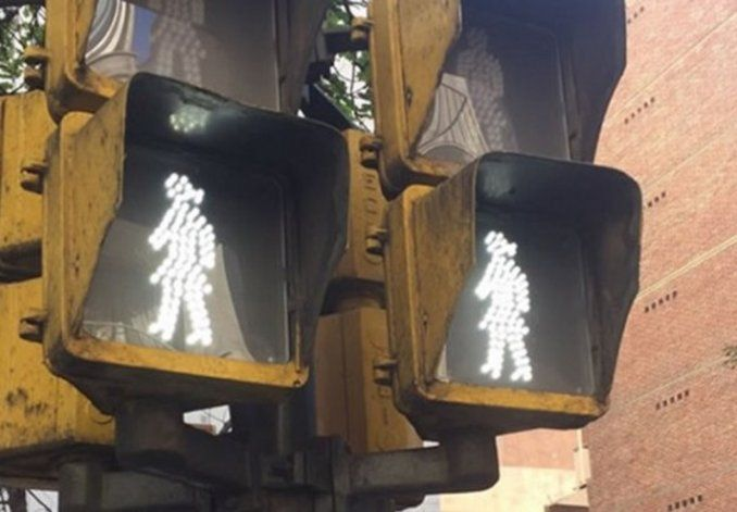Perfect News Now: Argentina installed a different traffic light to fight gender discrimination