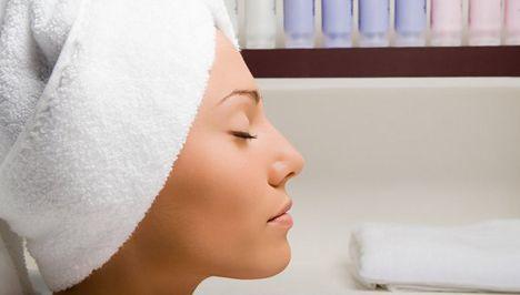 A zsíros haj természetes kezelése | femina.hu