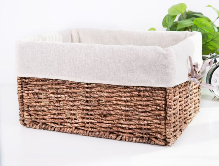 335 best images about basket liner ideas on pinterest bike baskets boy babies and embroidery - Wicker hamper with liner ...