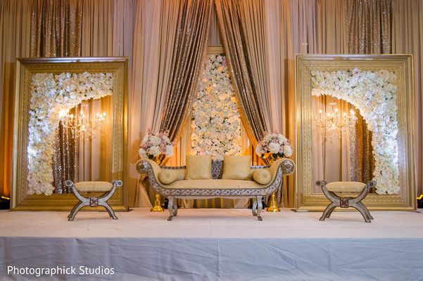Stunning indian wedding reception stage http://www.maharaniweddings.com/gallery/photo/137303 @mhwestfields