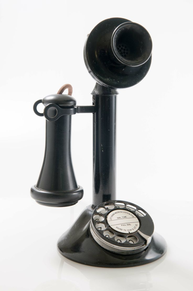 Telephone, c.1920, collection of Hawke's Bay Museums Trust, Ruawharo Tā-ū-rangi, 92/97