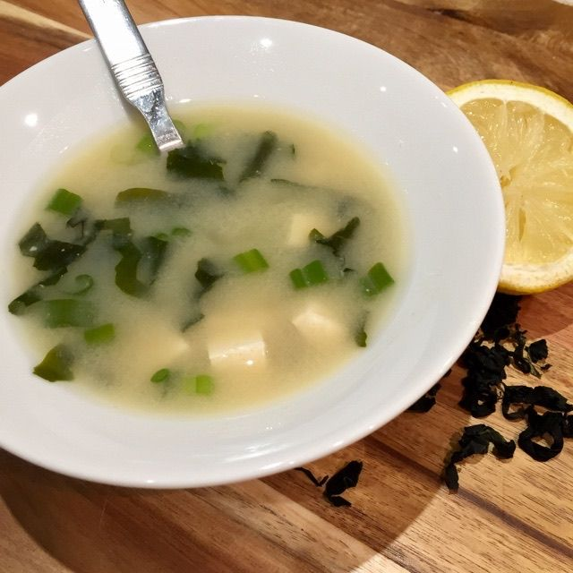 SIMPLY SATISFYING MISO SOUP veganleeks.com