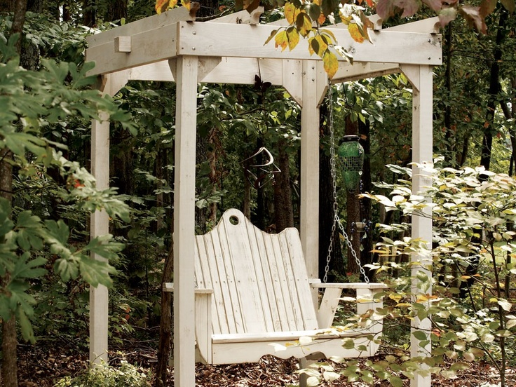 Nice Swing For Cottage Front Porch Decorating