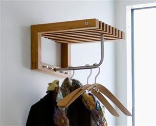 półka z wieszakiem