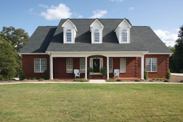 Well Designed 3 Bedroom Country Home With Bonus Room Above