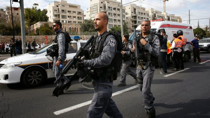 Μεταρρύθμισις: Libération: Το Παλαιστινιακό οδηγείται σε νέα έκρη...
