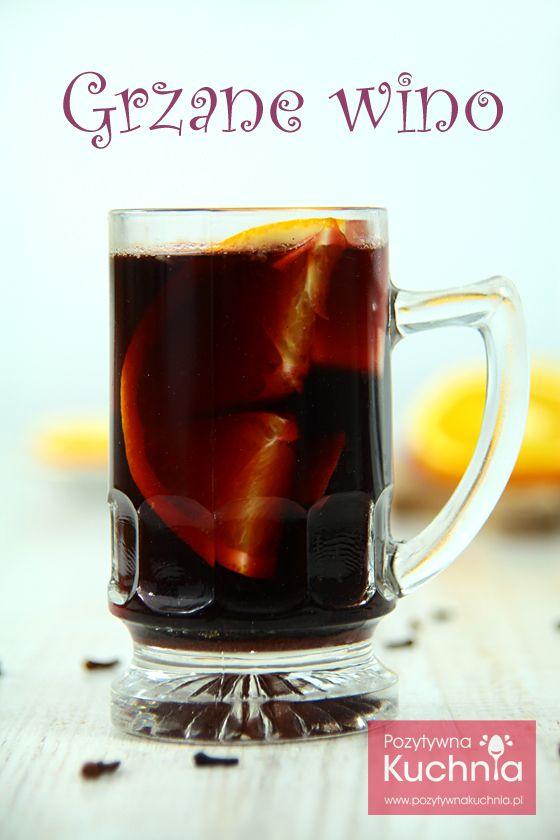 Grzane #wino - pyszny, aromatyczny napój wysokoprocentowy na jesień i zimę http://pozytywnakuchnia.pl/grzane-wino/ #drink #przepis