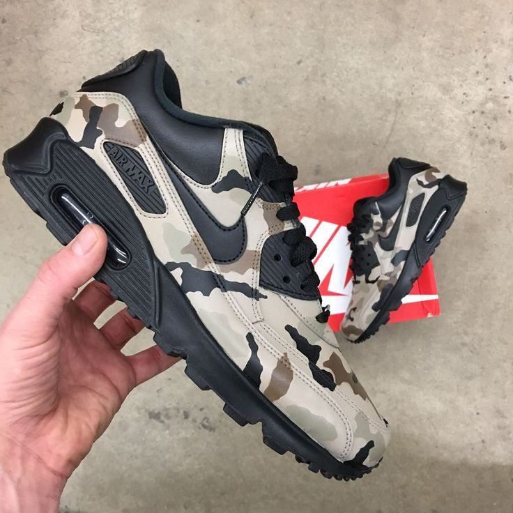 Custom Hand painted Nike AM90 Desert Camo Shoes. Each pair is hand painted and coated with an acrylic clear coat. Paint is 100% permanent. Made in USA. These shoes are hand-painted, made-to-order and