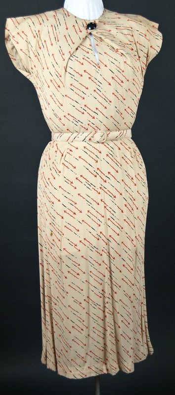 Costume Archive | Women's Day Dress 1933 ~ arrows!