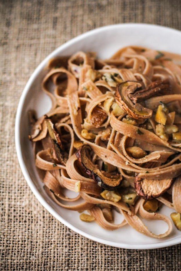 - VANIGLIA - storie di cucina: tagliatelle di farro alle castagne, rosmarino e funghi porcini