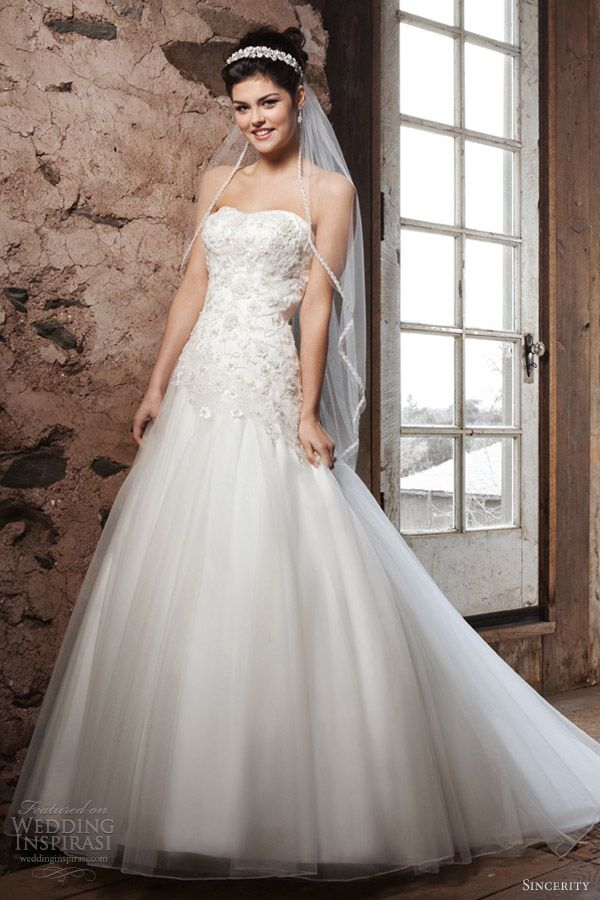 Lovely A-line with fitted bodice, dropped waist and semi-full skirt =) -sincerity bridal 2013 strapless a line wedding dress 3682