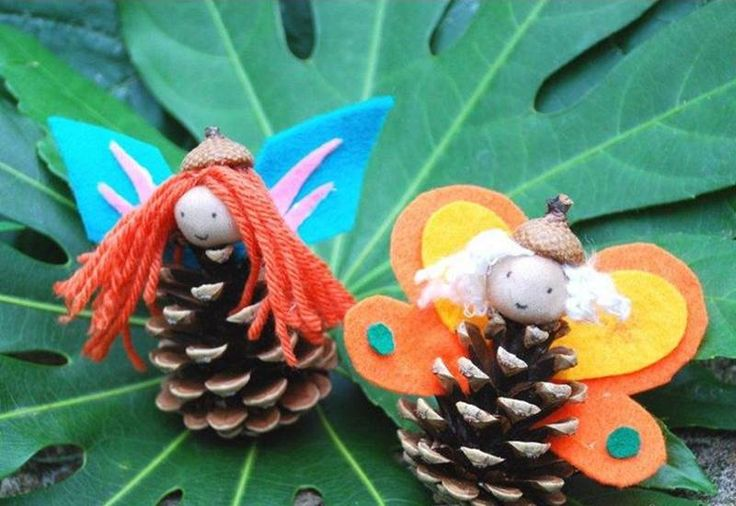 http://assets.inhabitots.com/wp-content/uploads/2014/07/nature-crafts-pinecone-fairy.jpg