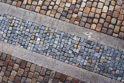 Image of 'paving, urban, square'