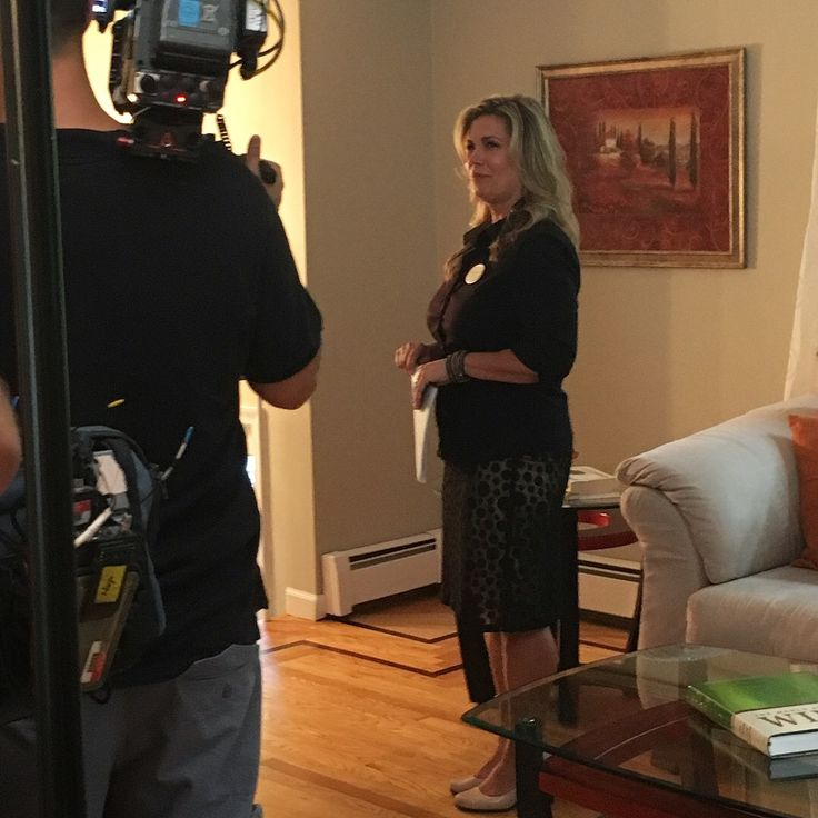 Great Look Behind The Scenes Of A Cable TV Renovation Show